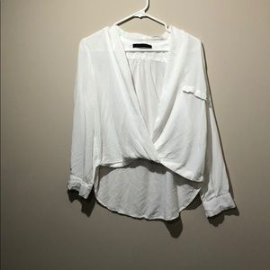 Versatile blouse, great for layering!